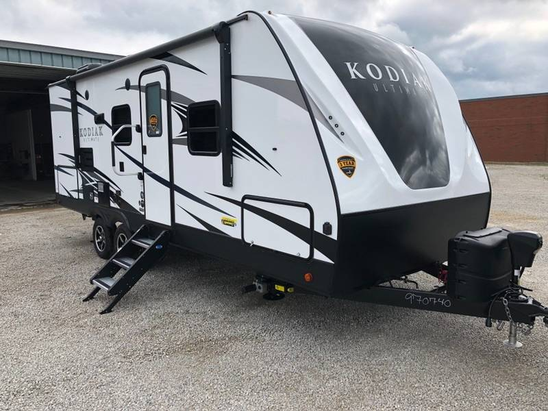 Best 13 Small Travel Trailers Under 5 000 Pounds 2020